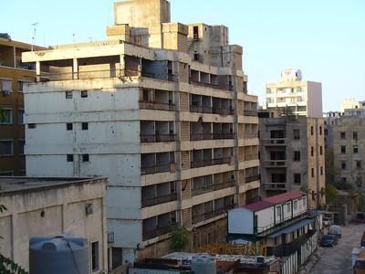 024_Beyrouth_Guerre_1975_1991_Immeubles_cribles_balles_et_obus