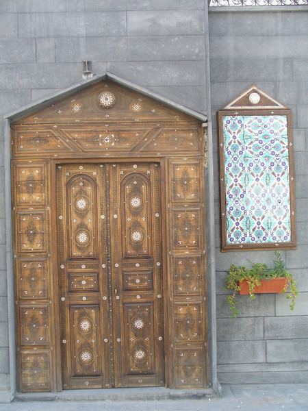 016_Damascus_Old_City_Ornamented_Door