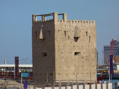 028_Dubai_Watchtower_guarding_the_Interior