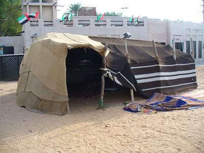 033_Dubai_Heritage_Village_Bedouin_tent