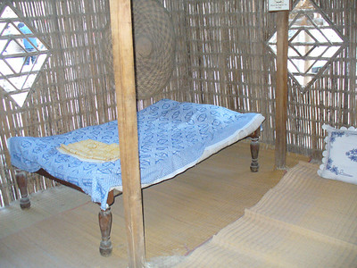 017_DM_Al_Kaimah_residence_Made_of_Palm_Trees_Summer_bed
