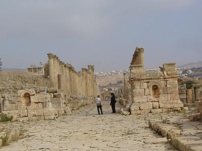 030_Jerash_South_Tetrapylon_Intersection_Cardo_and_Decumanus