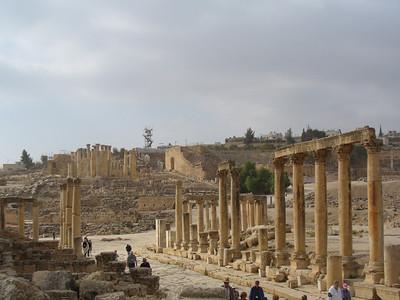 029_Jerash_The_Cardo_Maximus_or_Main_Colonnaded_street