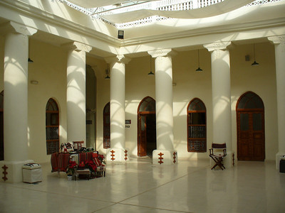 037_KC_Beit_Al_Sadu_The_Courtyard_Elegant_use_of_light_and_space