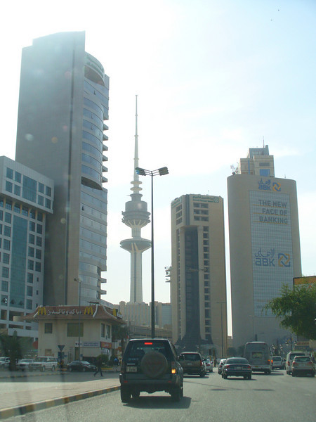 028_Kuwait_City_The_expanding_and_rising_urban_skyline