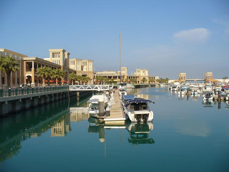 021_Kuwait_City_The_Sharq_Souq_Marina