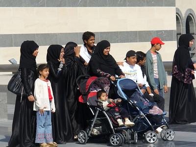 013_Doha_The_Museum_of_Islamic_Arts_A_Family