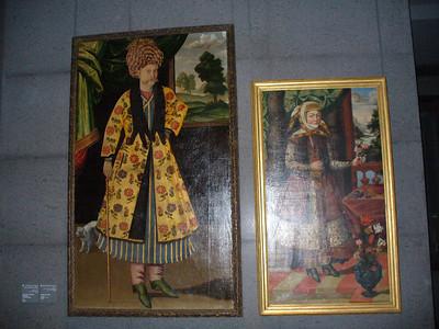 031_Doha_TMIA_Paintings_of_Traditional_Costumes