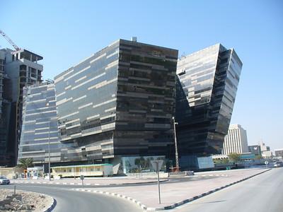 010_Doha_Futuristic_building