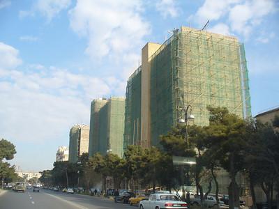 021_Baku_Old_Buildings_being_Resurfaced