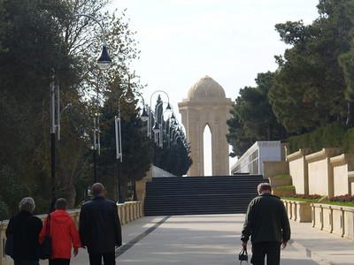 025_Baku_Memorial_to_Bakuvian_victims_of_Red_Army_1990_attack