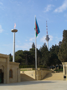 024_Baku_The_Memorial_and_the_Telecommunications_Tower