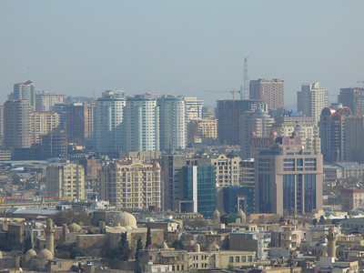 031_Baku_Contrast_Old_and_New_Buildings