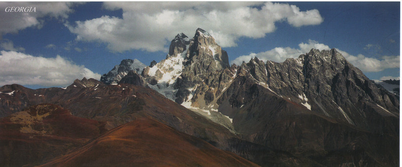 002_Caucasus_Mountain_chain_from_Caspian_Sea_to_the_Black_Sea