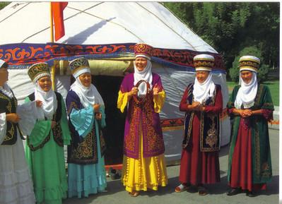 017_Folk Chorus