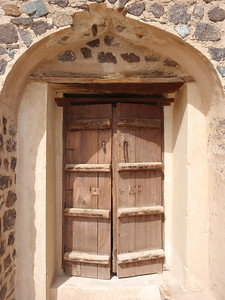 181_Jabrin Castle  1sr  Floor  Wooden Door and Arche