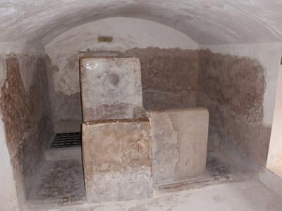 189_Jabrin Castle  2nd  Floor  Bath