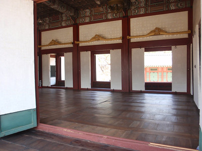 037_Seoul City  Deoksugung Palace  Hamnyeongjeon  A wooden floored room in the center jpg