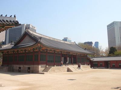 035_Seoul City  Deoksugung Palace jpg