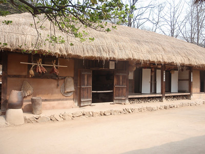 207_Middle Class Farmer's House in the Southern Part  Inner and outer wings are paralleled  The wide wooden floor allows to be cool in summer time jpg