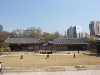 027_Seoul City  Deoksugung Palace jpg