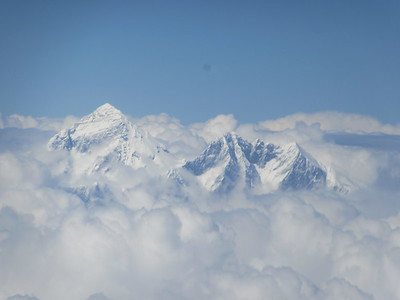 017_View from the Sky  Mt  Everest and the great Kangchenjunga, Makalu peaks