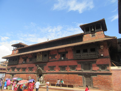 090_Patan Museum  Durbar Square  Keshav Narayan Chowk  1734  The Museum behind The Golden Door