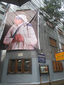 012_Kolkata  Chowringhee District  Missionnaries of Charity Headquarters, Est'd 1952  Mother Teresa House