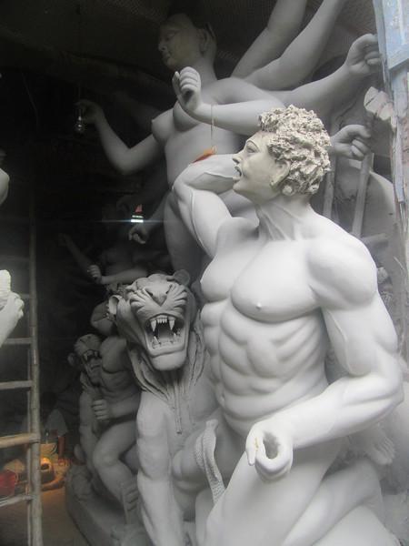 107_Kolkata  Kumartuli Lanes  Goddesses coming to life  War and Wisdom