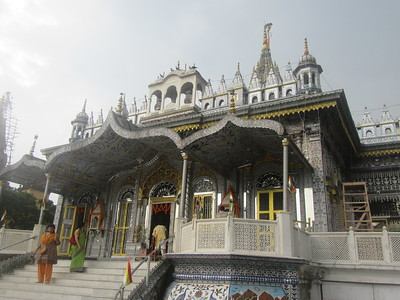 118_Kolkata  The Jain Temple  The temple are built by individuals and maintain by individuals