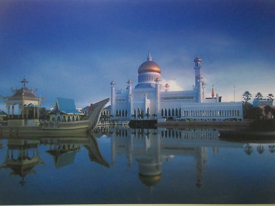008_Omar Ali Saifuddien Mosque  Surrounded by an artificial lagoon that serves as a reflecting pool