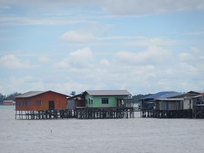 069_Sandakan  Sim Sim Water Village  The Jetty