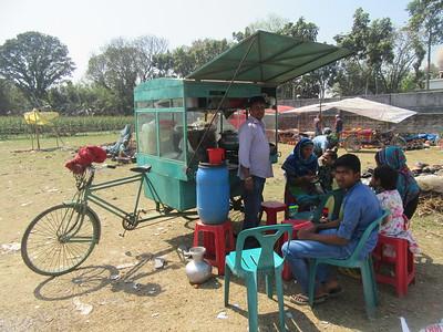 379_Village Fair  Cantine