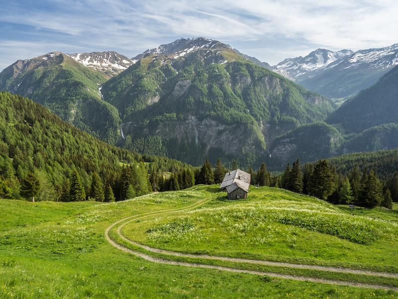 Hut with a View along the Großglockner-Hochalpenstraße, Austria