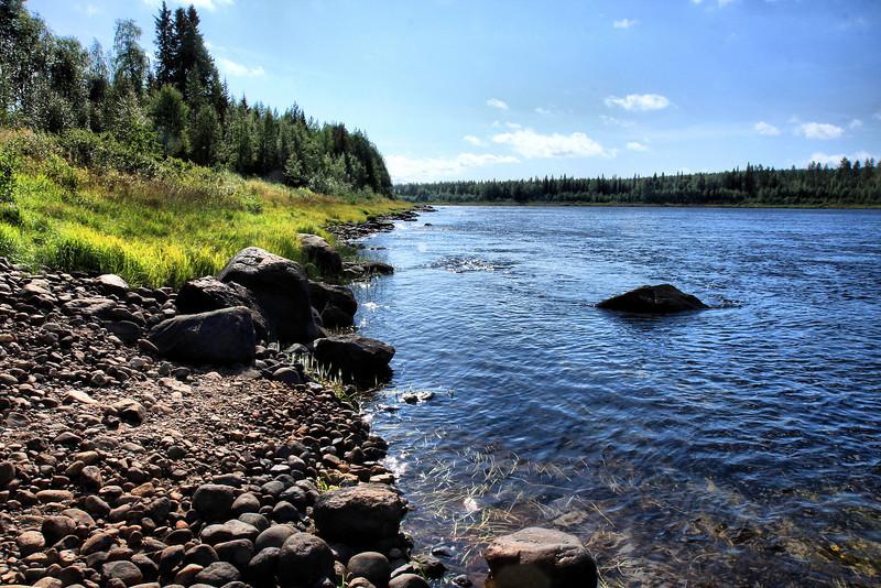 Finland left, Sweden right