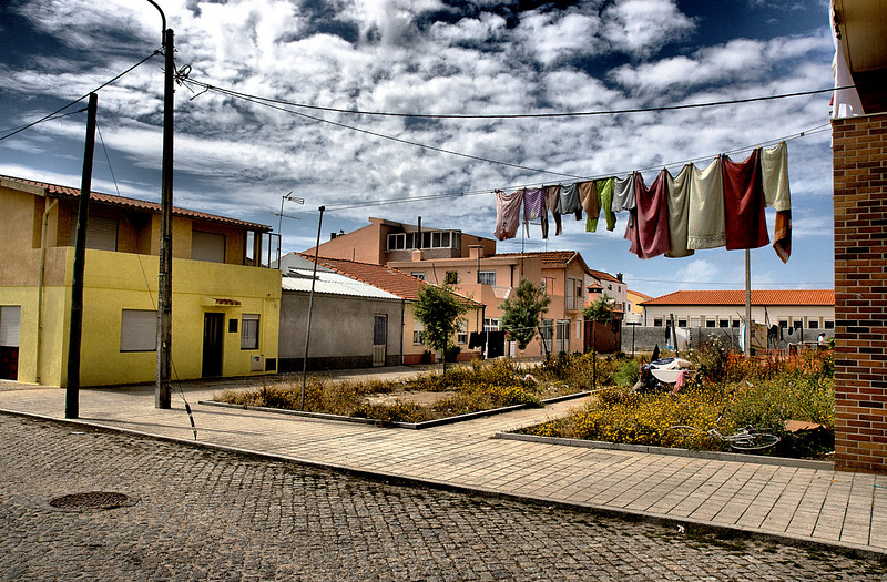 The not-very-safe-residential areas of Espinho