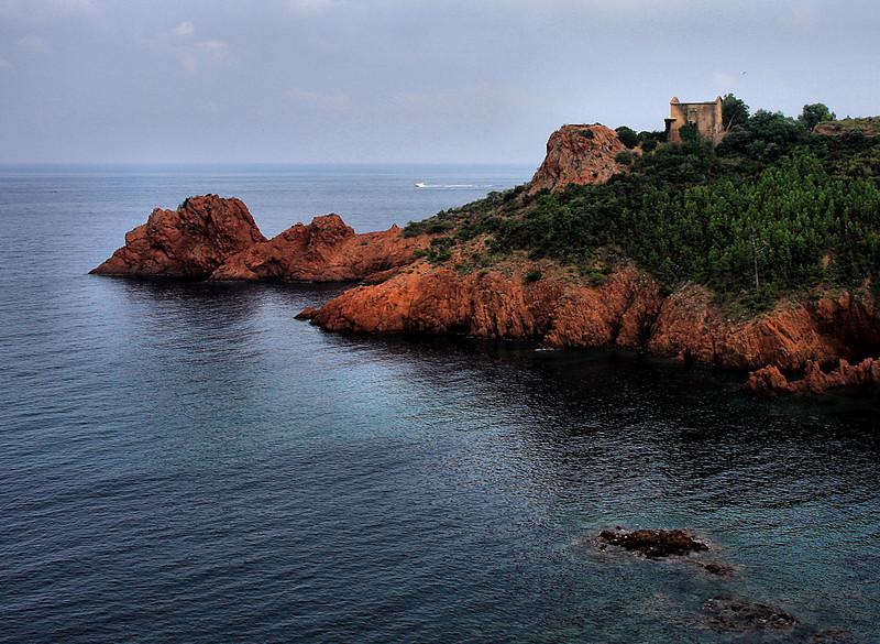 Miramar, 15km West of Cannes