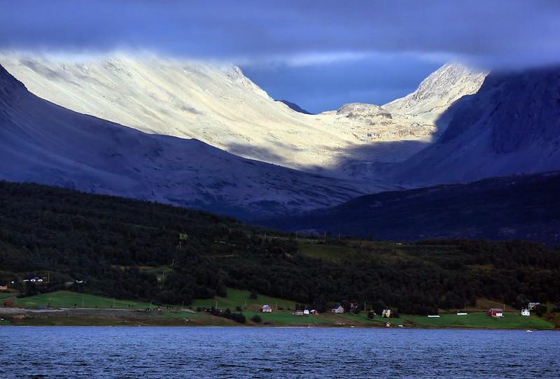 D122. Norwegian fjord