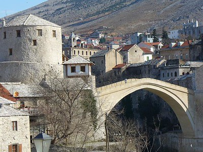 01_Mostar_Le_Vieux_Pont_de_Pierre_Symbole_de_reunification