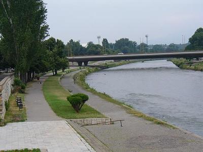 010_Skopje_The_Riverside_Promenade