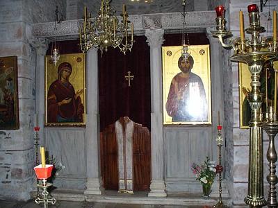 038_Osios_Loukas_Monastery_Church_Interior