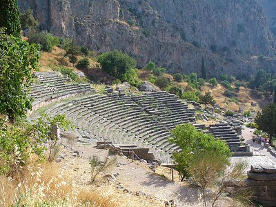 014_Delphi_The_Theater_4th_BC_5000_people