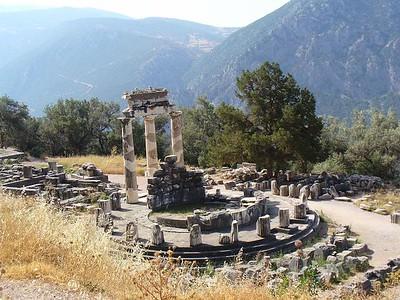 020_Marmaria_Sanctuary_Tholos_Athena_Pronaea_Temple_4th_BC