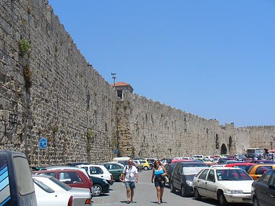 275_Rhodes_Town_Medieval_walls_1330_12m_thick_4Km_Long