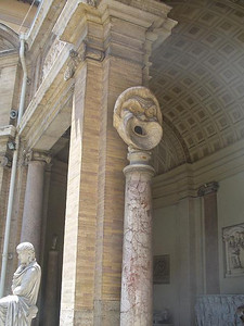 038_Vatican_Museum_Pio_Clementino_Greek_and_Roman_Antiquities