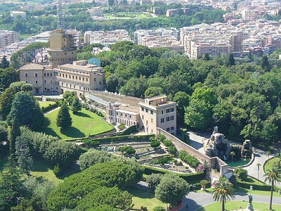 018_Vatican_Gardens_seen_from_the_Summit_Basilica_San_Pietro