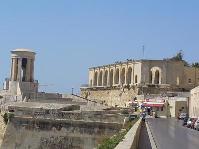 014_La_Cloche_du_Siege_de_Malta_Hommage_8000_disparus_WW2