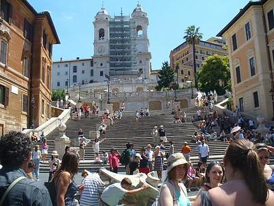 0025_Roma_Piazza_di_Spagna_and_the_Trinita_dei_Monti_Steps