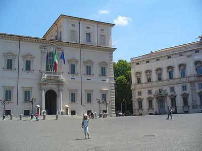 0028_Place_du_Quirinal_Palais_du_President_Rep_Italienne_1574