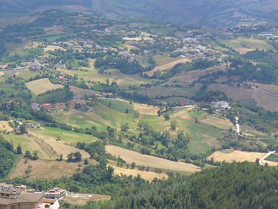 008_San_Marino_Republic_The_Apennins_and_the_Countryside